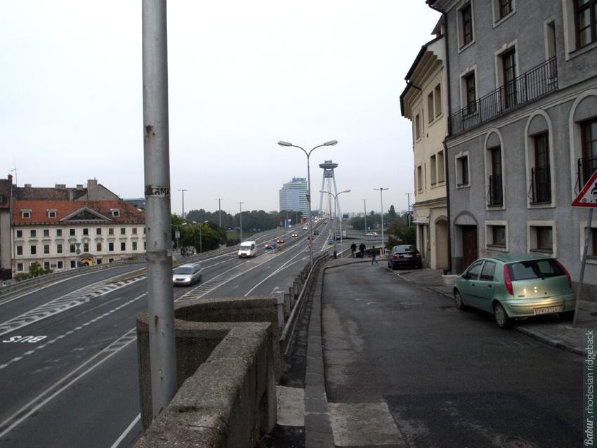 в Братиславе